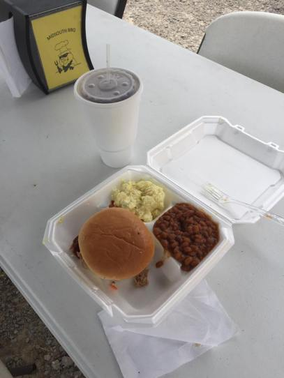 MidSouth BBQ BBQ Sandwich Plate Yellow Food Trailer Covington TN Tipton County