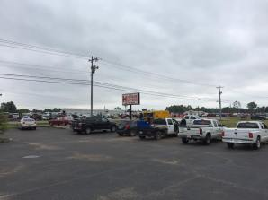 Midsouth BBQ crowd Pulled Pork Smoked BBQ Tipton County Yellow Trailer