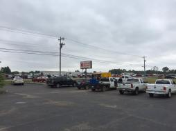 Midsouth BBQ Food Trailer Yellow Pig Best BBQ Lunch Review